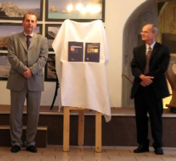 Děkan 1. LF UK Prof. MUDr. Tomáš Zima a Prof.MUDr. Jiří Štork
